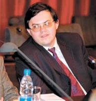 Владислав Измоденов
