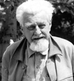 Конрад Лоренц (1903–1989) — австрийский ученый, один из основоположников этологии — науки о поведении животных, лауреат нобелевской премии по физиологии и медицине (1973)