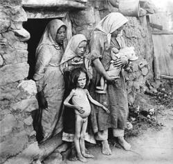 Голод в Сибири. Фотоснимки с натуры,  сделанные в Омске 21 июля 1911 года  членом Гос. Думы Дзюбинским