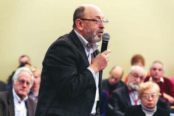 Сергей Ландо на конференции научной диаспоры. Фото С. Коробкиной (ЕУСПб)
