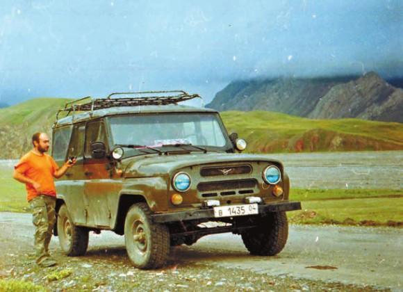 На киргизской границе у перевала Кызыл-Арт, 25 июня 2012 года. Фото А. Грабовского