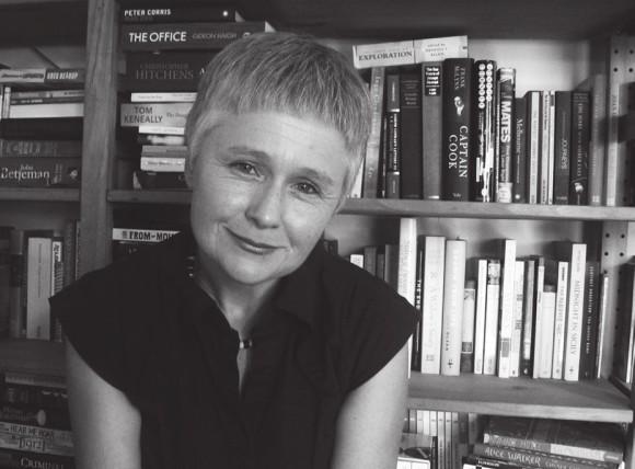 Писательница и журналистка Эшли Хей