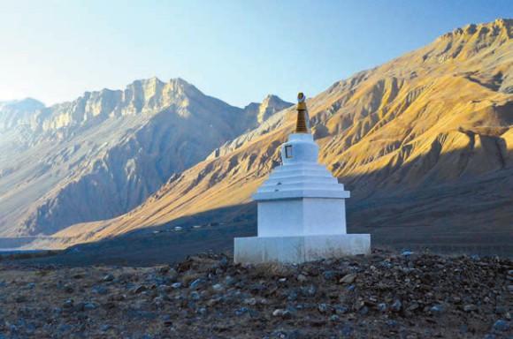 Долина Спити (выше поселка Каза, около 4000 м). 8 октября 2011 года. Фото А. Андреева