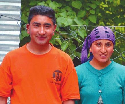 Арийская семья: хозяин гестхауса мистер Сонам и его жена