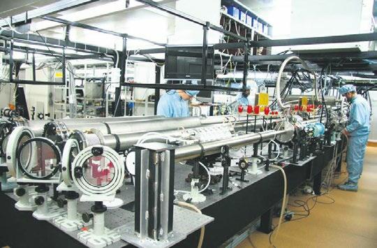Петаваттный лазерный комплекс ИПФ РАН