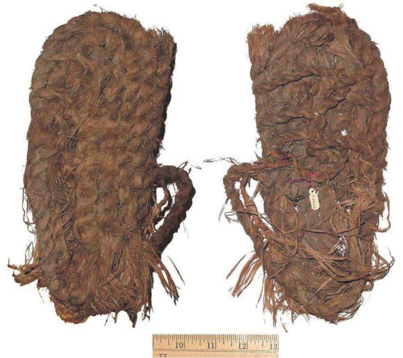 Обувь, изготовленная древними индейцами. natural-history.uoregon.edu/gbsandals11