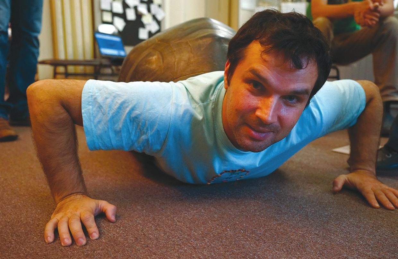 Александру Соколову удалось эволюционировать из черепахи в просветители