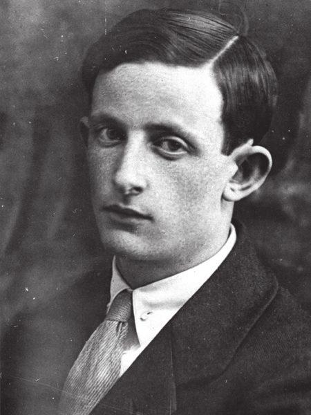 Ю. Б. Харитон. Конец 1920-х, сразу после возвращения из Кембриджа в Ленинград