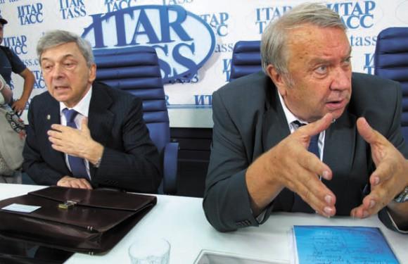 Президент РАМН И. Дедов и президент РАН В. Фортов На пресс-конференции в ИТАР-ТАСС