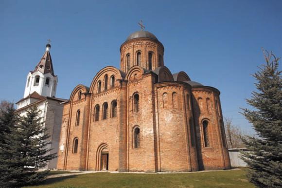 Церковь Петра и Павла с храмом Варвары