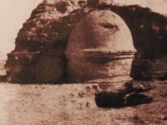 Раскопанная ступа Фаяз-Тепе. Фото из современной раскопкам газеты