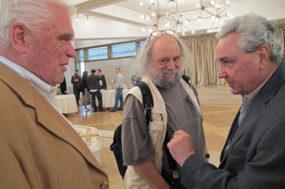 Людвиг Фаддеев, Александр Замолодчиков (Ратгерский университет и ИППИ РАН) и Сергей Новиков