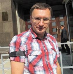 Евгений Онищенко На «Траурных гуляниях» по РАН у Госдумы, 5 июля 2013 года. Фото Н. Деминой