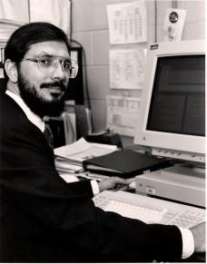 """Рассел Халс в своей лаборатории в Принстоне (""""Википедия"""")"""