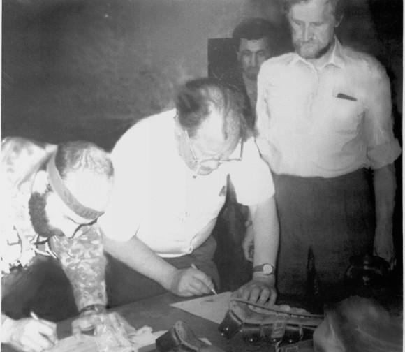 Больница в Буденновске, 1995 год. Басаев, Ковалёв, Рыбаков. Подписание Соглашения о прекращении войны и освобождении заложников