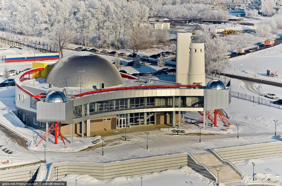 Большой новосибирский планетарий