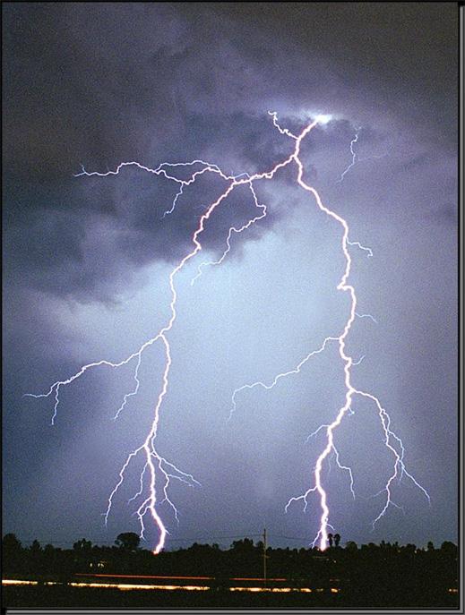 Нисходящая молния