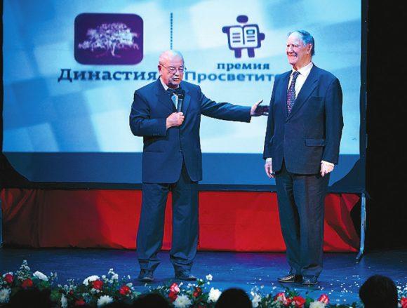С. П. Капица на церемонии премии «Просветитель», 24 ноября 2011 года
