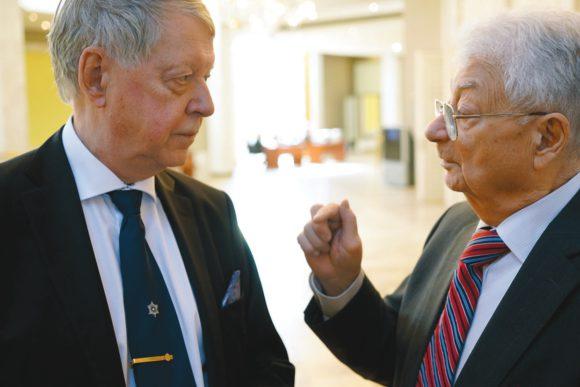 Лауреаты Большой медали РАН им Ломоносова 2017 года Бьорн Йонсон (Björn Jonson) и Юрий Оганесян