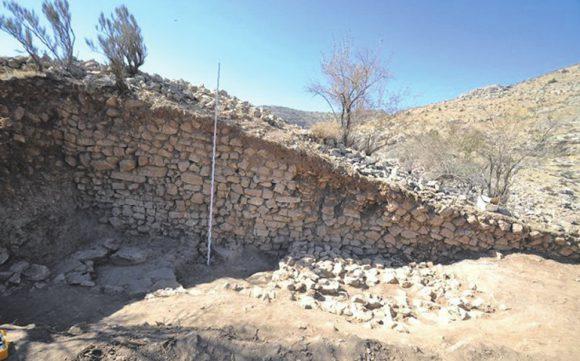 Cеверо-западный участок крепостной стены цитадели (Институт археологии РАН)