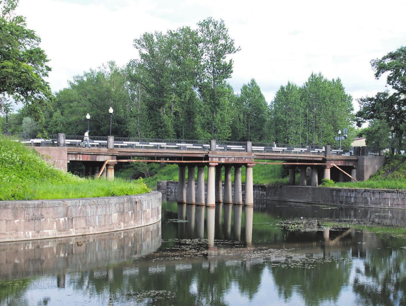 Мост в Шлиссельбурге через Староладожский канал (1824–1827)
