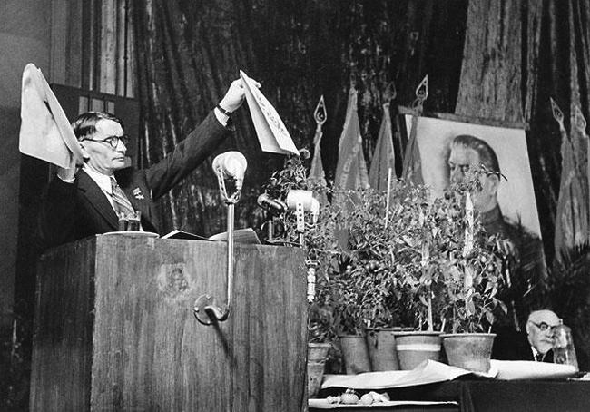 Т. Д. Лысенко на сессии ВАСХНИЛ. 1948 год