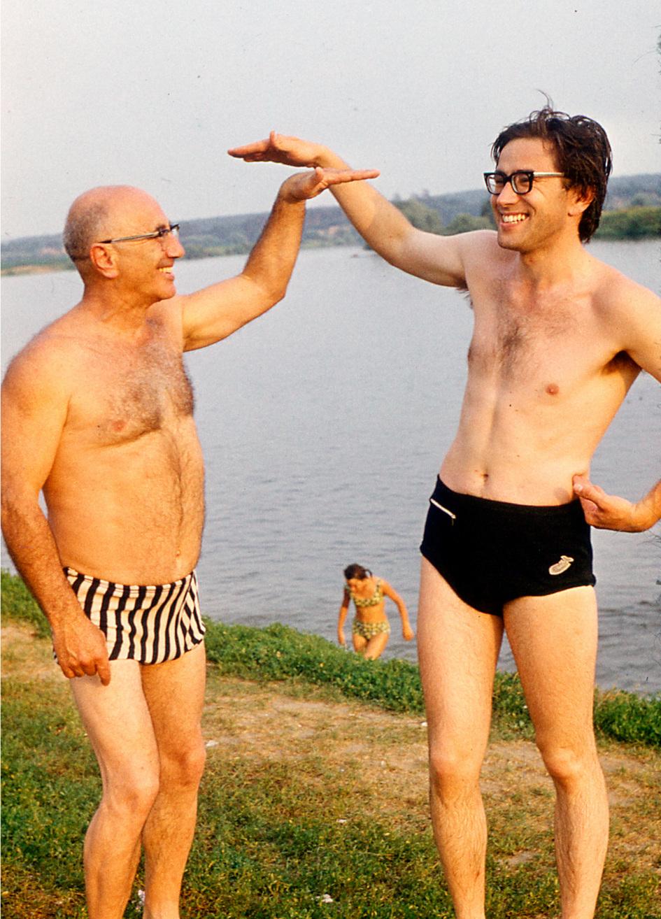 Борис на даче с отцом (1964 год)