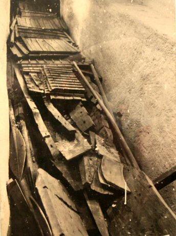 Расположение деревянных деталей лодки в яме