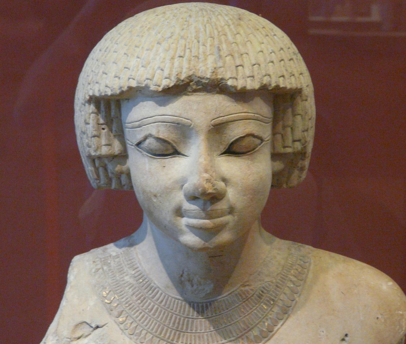 Статуя Ахмосе I, основателя XVIII династии. Лувр, Париж. «Википедия»