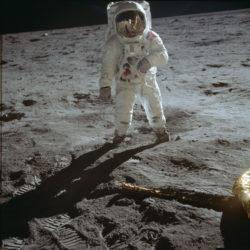 Астронавт Эдвин Олдрин на Луне 20 июля 1969 года (NASA, AS11-40-5903)