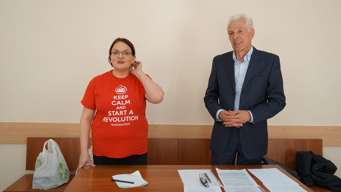 Юлия Галямина и ее адвокат Михаил Бирюков