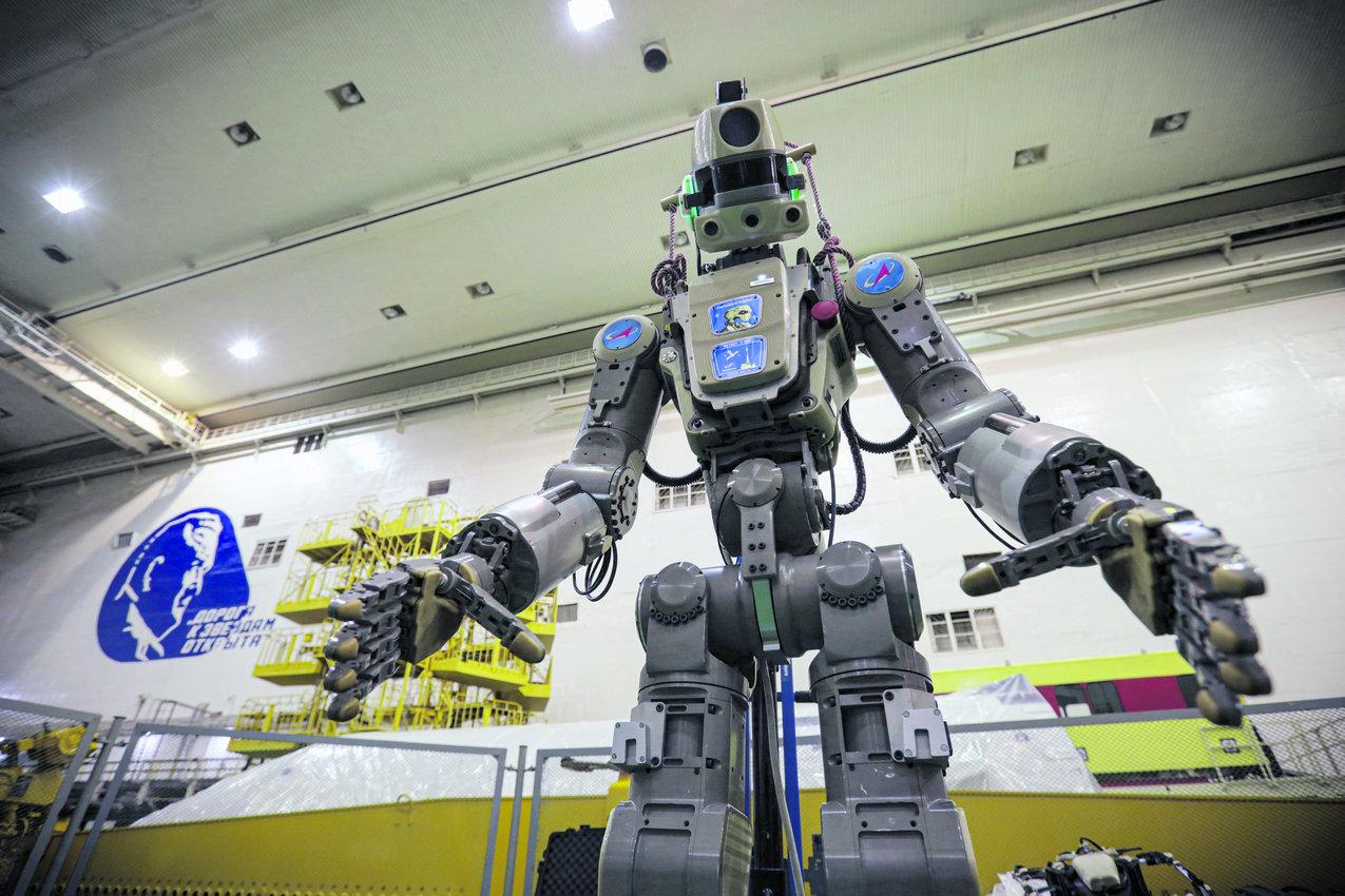 Антропоморфный робот FEDOR, или Skybot F-850