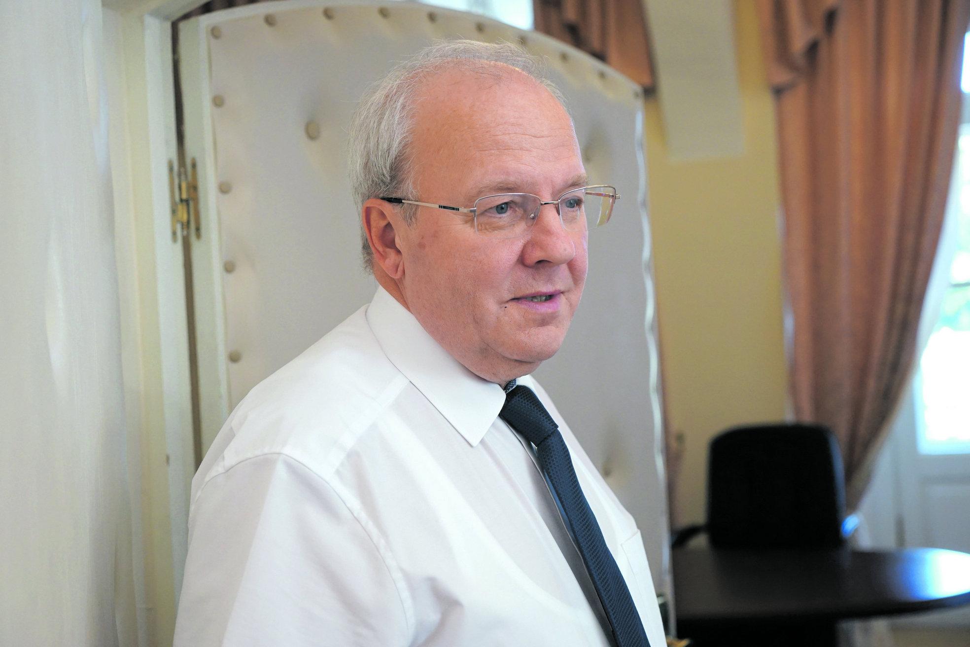 А. Р. Хохлов