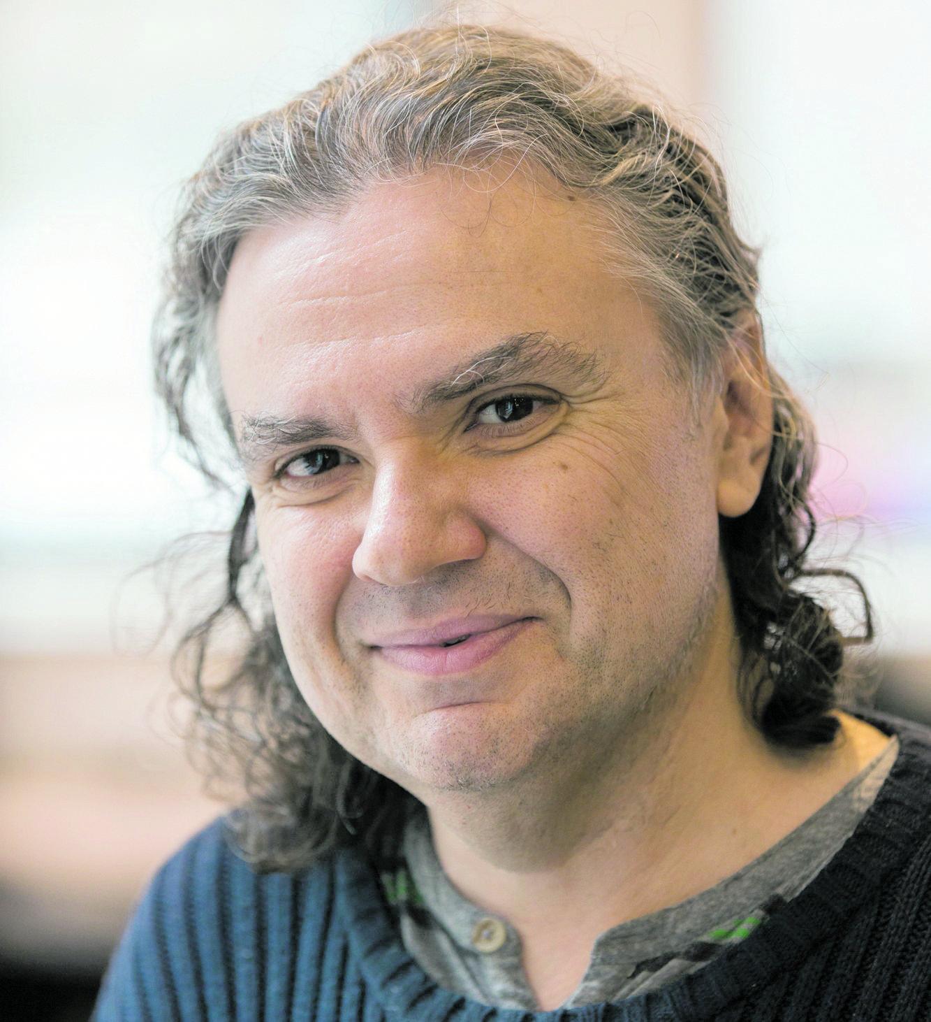 Александр Эскин. Фото с сайта simonsfoundation.org