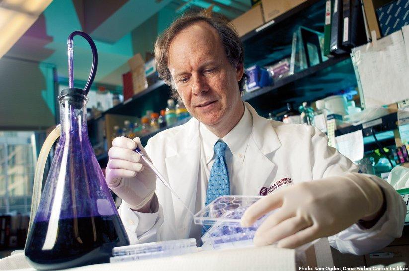 William Calin  Photo by Sam Ogden, Dana-Farber Cancer Institute (twitter.com/NobelPrize)