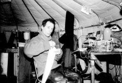 Е. Б. Александров в арктической лаборатории, 1989 год