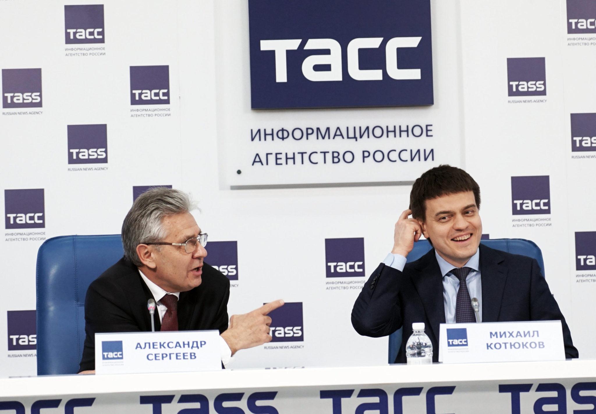 На пресс-конференции. Фото Н. Деминой