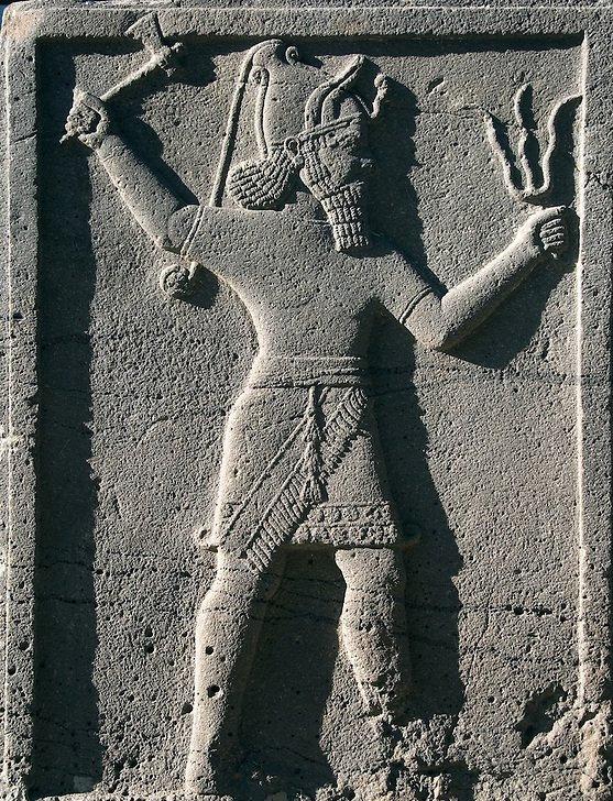 Хеттский бог грома Тархунт (Тешшуб). Фото Aykan Özener