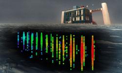 Фото и иллюстрация нейтринного телескопа IceCube. IceCube Collaboration/NSF