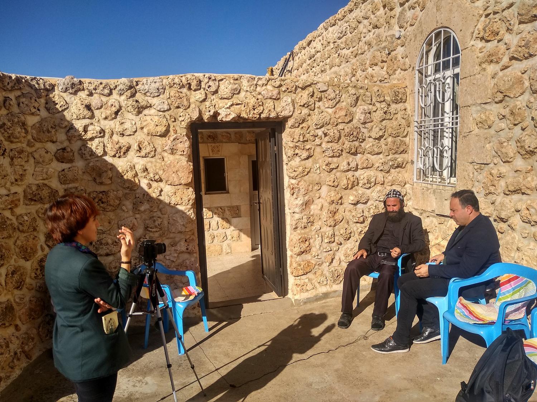 Интервью с монахом Азизом в монастыре Мор Малке у деревни Арках в Турабдине