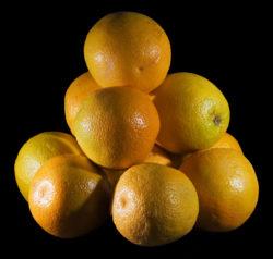 Плотнейшая упаковка апельсинов. Фото JJ Harrison