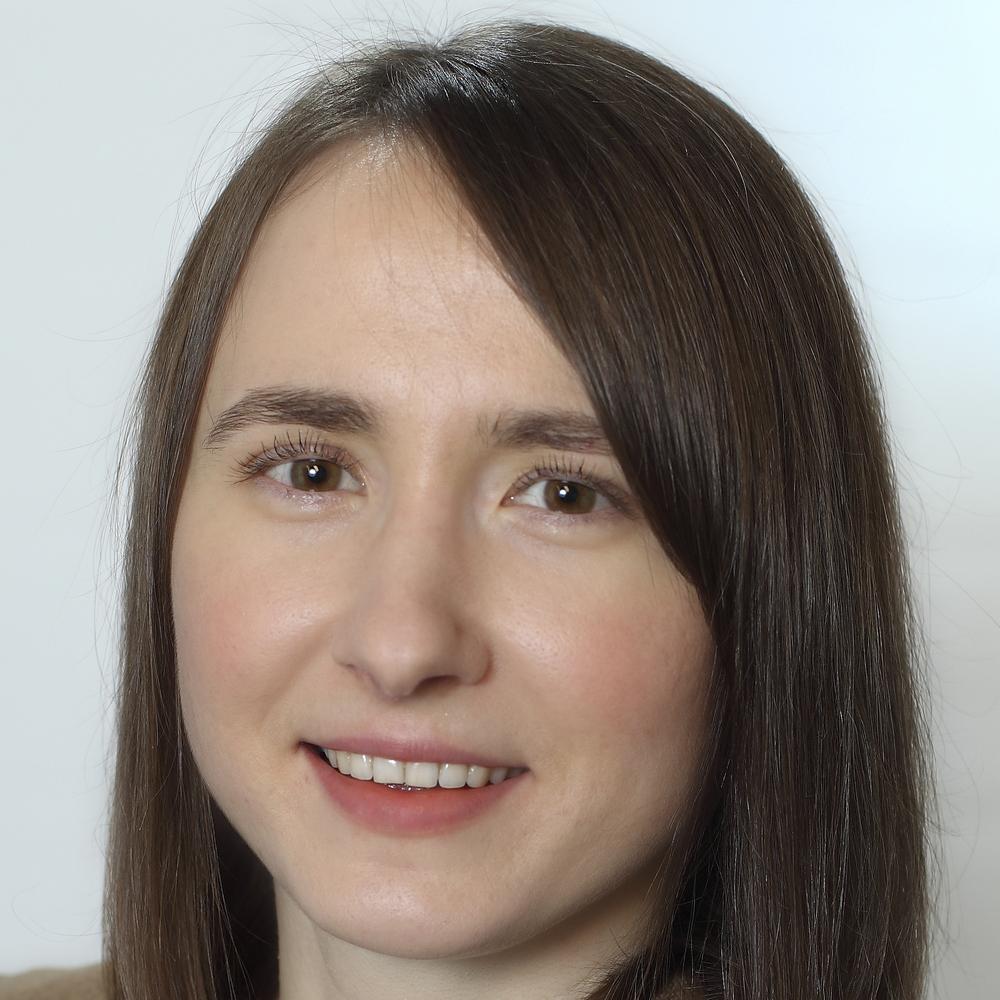 Алёна Старикова