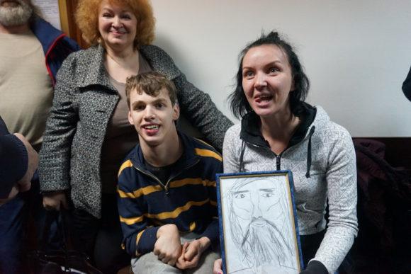 Рисунок Игната Завьялова скрасил томительные минуты ожидания приговора