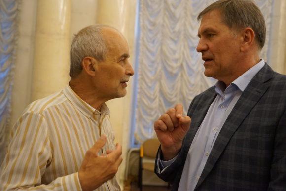 Андрей Назаренко (справа)