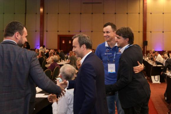 Ура, Россия выиграла право на проведение конгресса. Фото пресс-службы ICM-2018