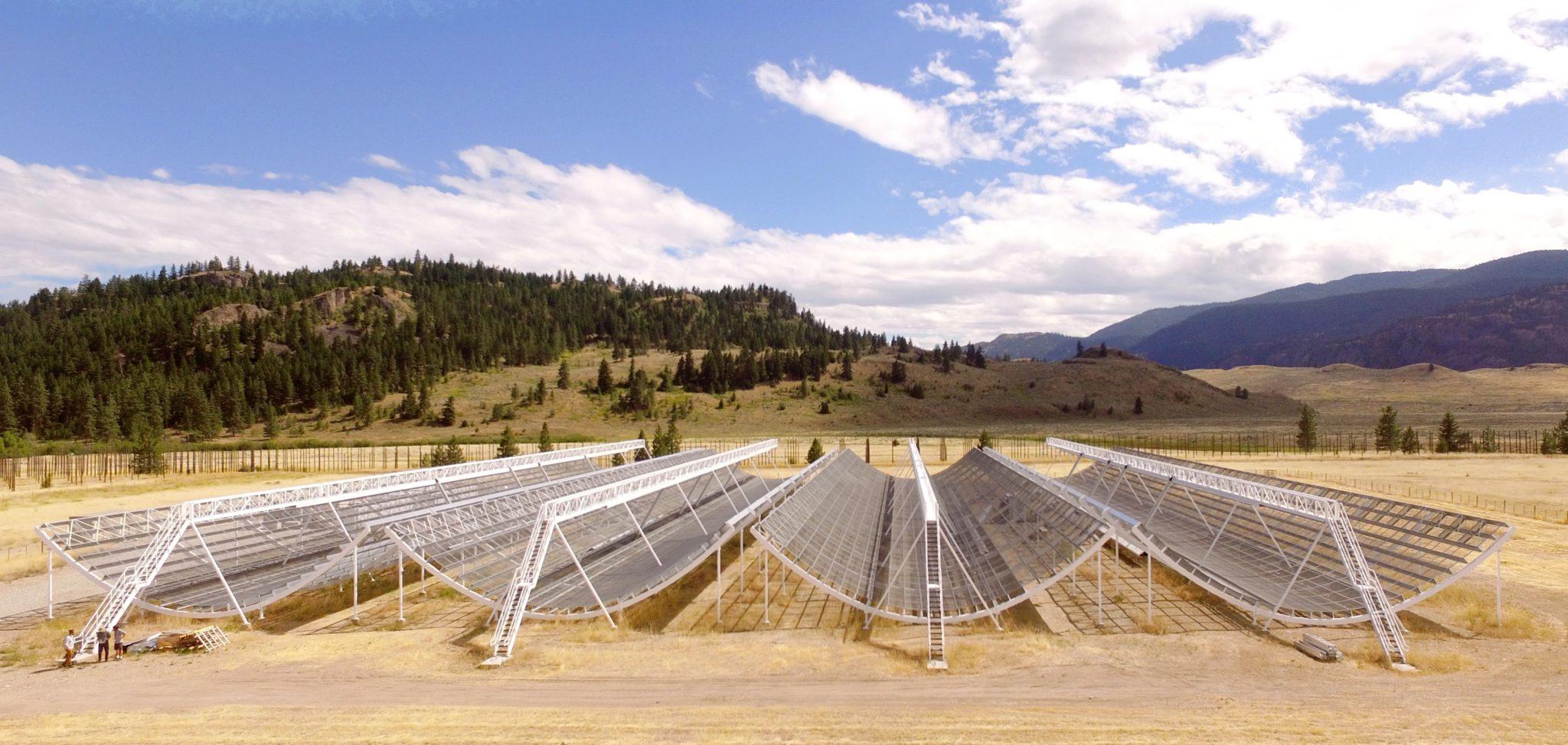 Канадская обсерватория CHIME. Фото CHIME/swns.com/Scanpix