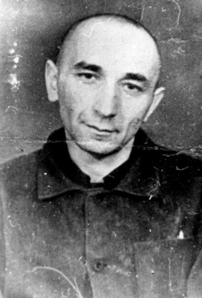 Арсений Рогинский в лагере.1983 г. Фото с сайта hro.org